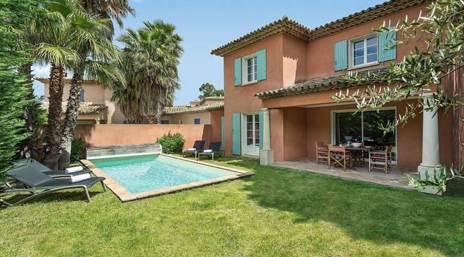 DERNIÈRE MINUTE - France Côte d'Azur, Sainte Maxime, Villa Le Village du Carré Beauchêne - Madame Vacances